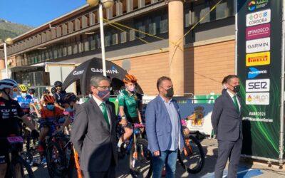El Ayuntamiento destaca la gran oportunidad que supone acoger la Andalucía Bike Race que se despide de Jaén tras 3 etapas que han mostrado su espectacular patrimonio verde