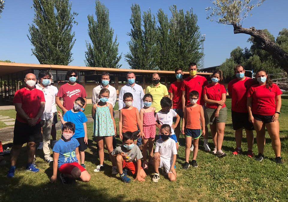 El Ayuntamiento abre hoy el plazo de inscripción para las Escuelas Deportivas de Verano que ofertarán 360 plazas para niños de 5 a 15 años desde el 1 de julio al 31 de agosto en Las Fuentezuelas y La Salobreja